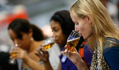 Beer-tasters-